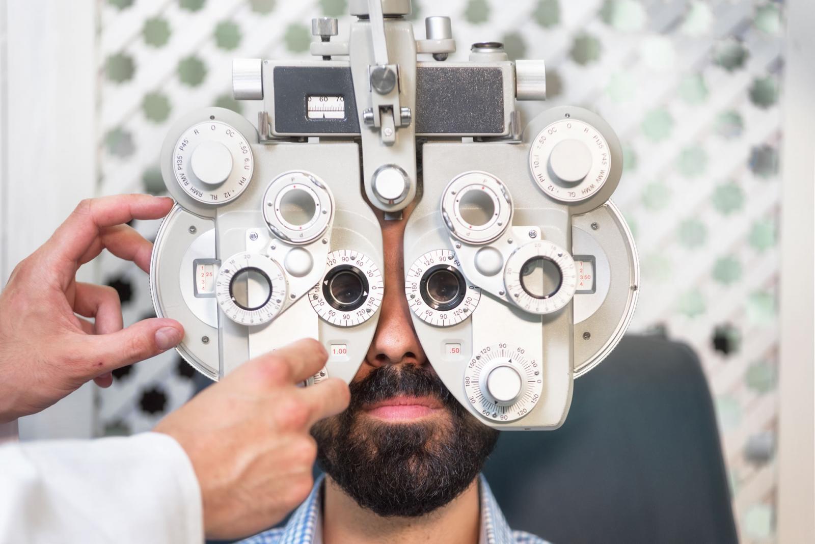 ¿Cuándo debo realizarme un examen de la vista?