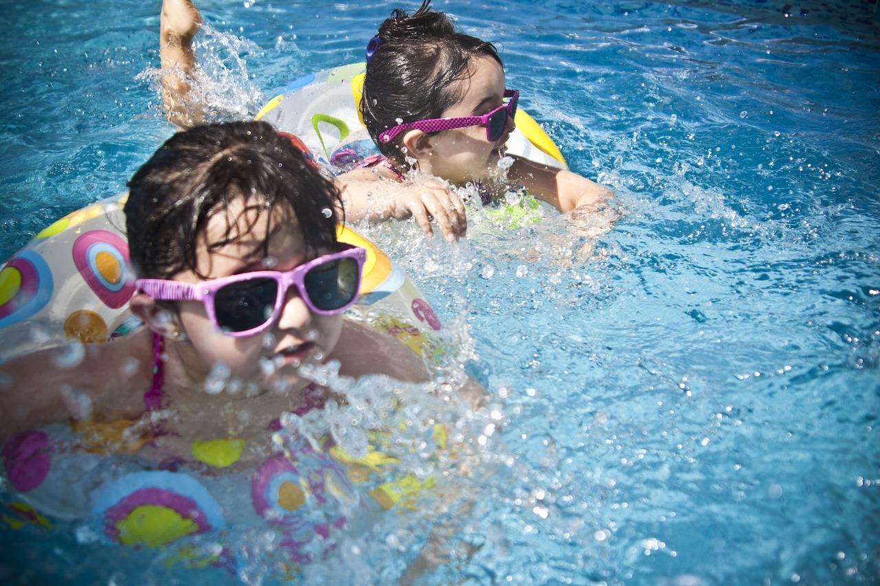 Óptica Herreros en Almazán: Protege a tus hijos con gafas de sol